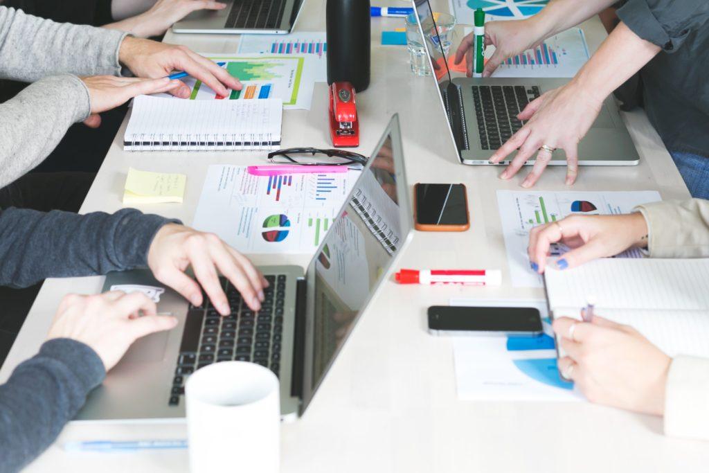 Sensibilisation des dirigeants et managers aux enjeux du numérique
